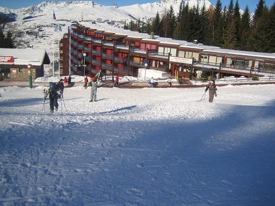 Vista dos arredores Locação Apartamentos 28016 Les Arcs