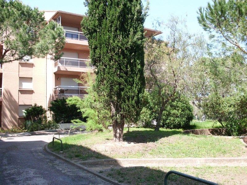 Vista exterior do alojamento Locação Estúdio 51027 Calvi