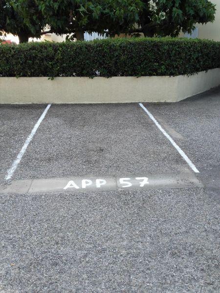 Parque de estacionamento Locação Apartamentos 107075 Narbonne praia
