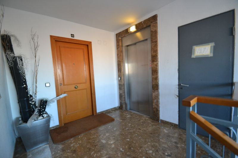 Entrada Locação Apartamentos 75522 Salou