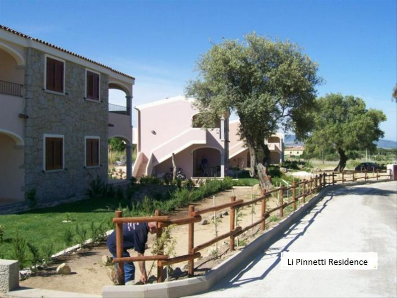 Vista exterior do alojamento Locação Apartamentos 80778 Badesi