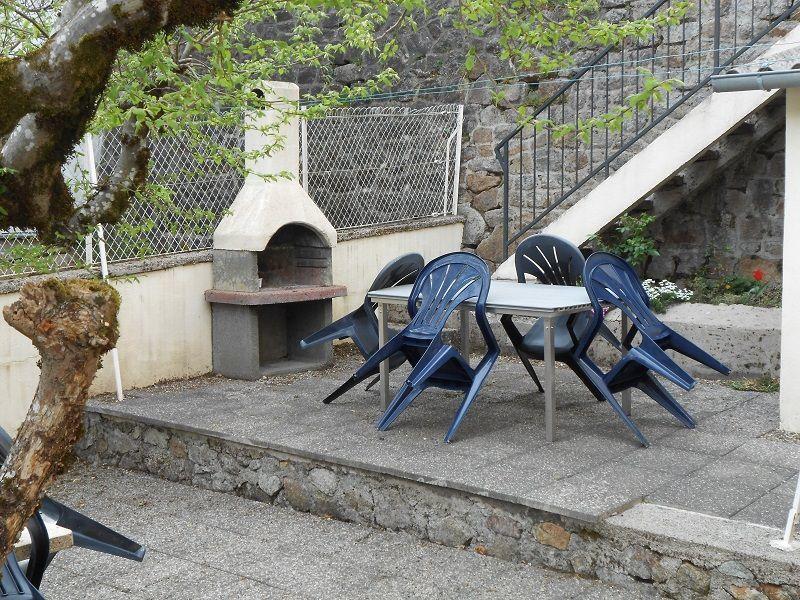 Pátio Locação Apartamentos 115202 La Bourboule