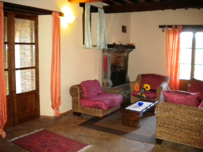 Sala de estar Locação Casa 87280 Cortona