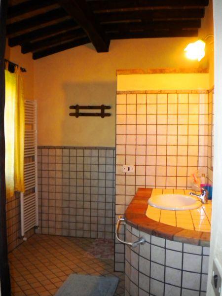 casa de banho 1 Locação Casa 87280 Cortona