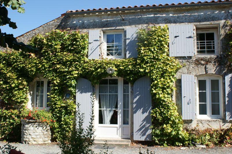 Vista exterior do alojamento Locação Casa de turismo rural/Casa de campo 108201 La Rochelle