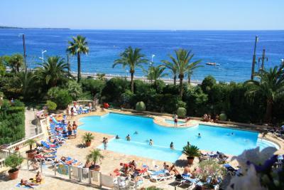 vista da varanda Locação Apartamentos 68698 Cannes