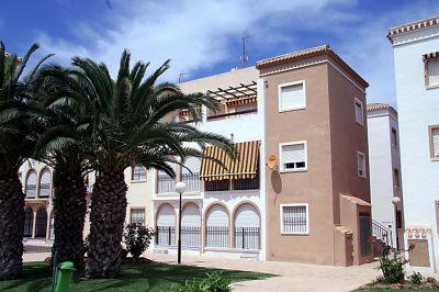 Vista exterior do alojamento Loca��o Apartamentos 102630 Torrevieja