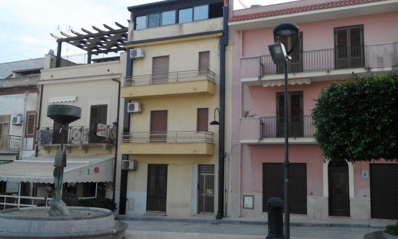 Entrada Locação Apartamentos 106370 Balestrate