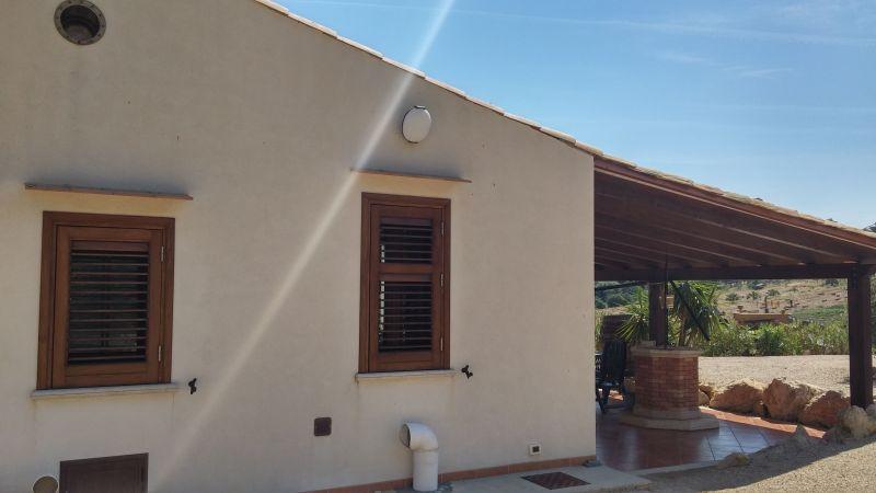 Vista exterior do alojamento Locação Vivenda 66027 Scopello