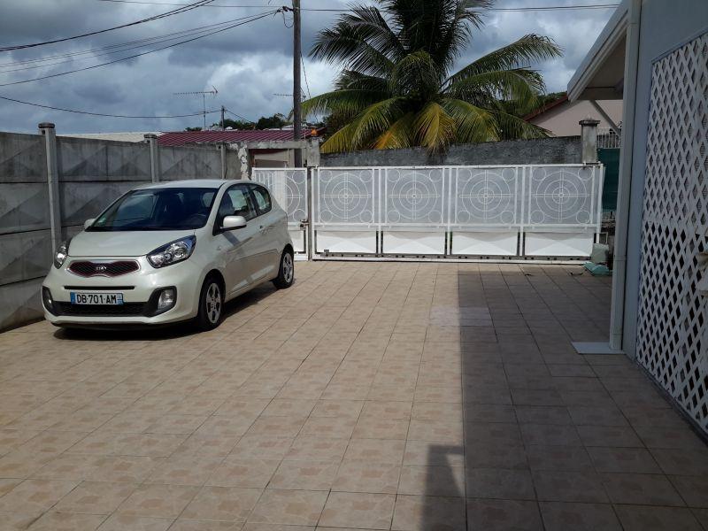 Parque de estacionamento Locação Apartamentos 15113 Sainte Luce