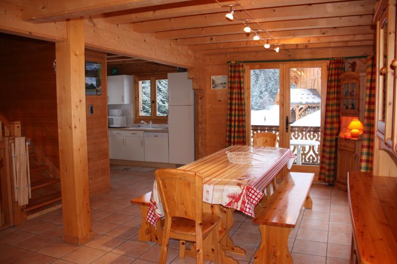 Sala de jantar Locação Chalé 2379 Praz de Lys Sommand