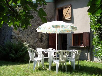 Vista exterior do alojamento Loca��o Casa de turismo rural/Casa de campo 3918 Ussat les Bains