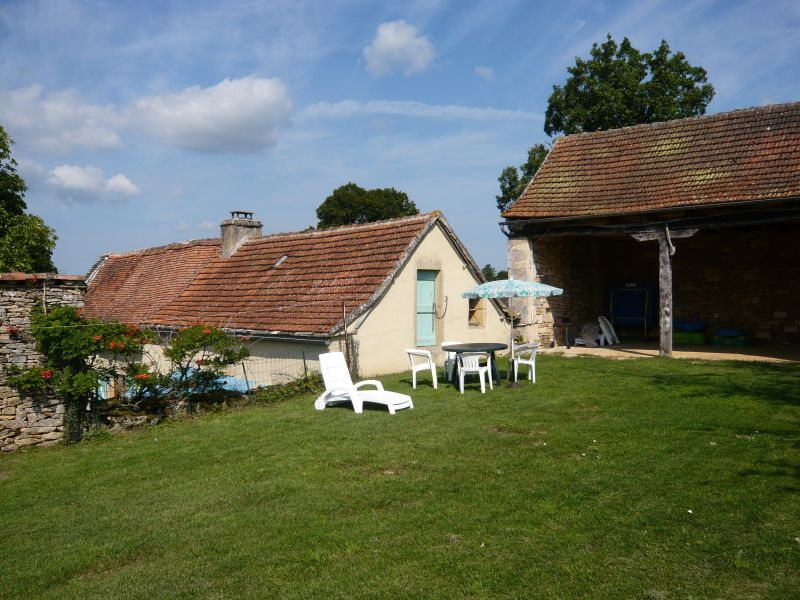 Parque de estacionamento Locação Casa de turismo rural/Casa de campo 51135 Saint-Cirq-Lapopie