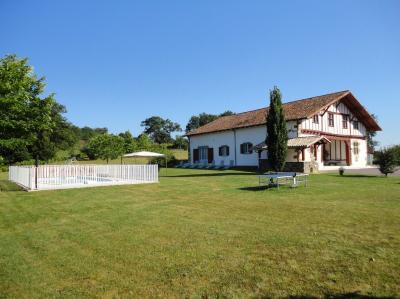 Vista exterior do alojamento Locação Casa de turismo rural/Casa de campo 59143 La Bastide-Clairence