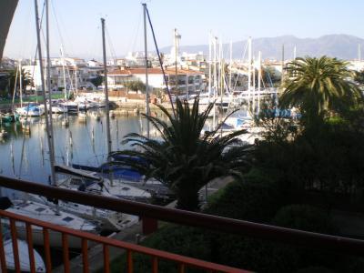 vista da varanda Loca��o Apartamentos 63150 Empuriabrava