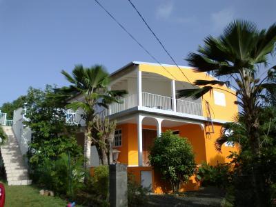 Vista exterior do alojamento Loca��o Casa 8025 Sainte Anne (Guadalupe)