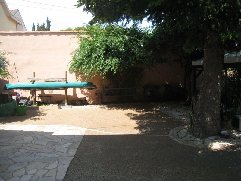 Parque de estacionamento Locação Casa de turismo rural/Casa de campo 113184 La Seyne sur Mer