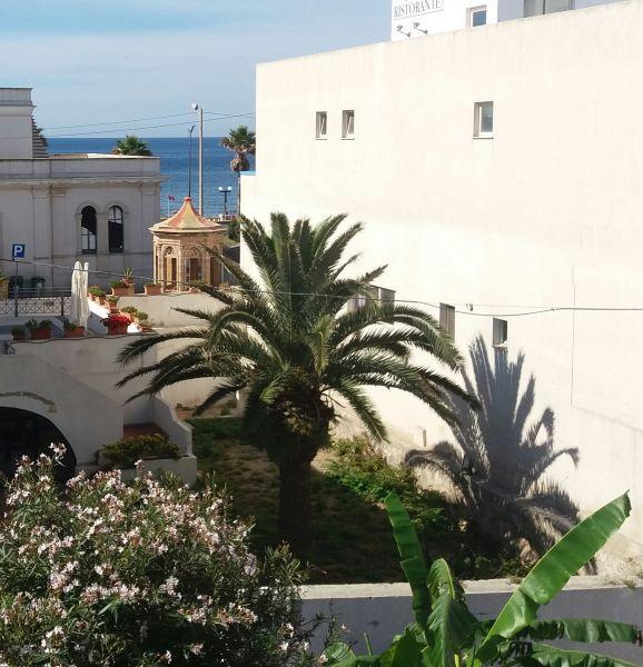 Vista dos arredores Locação Apartamentos 72290 Santa Maria di Leuca
