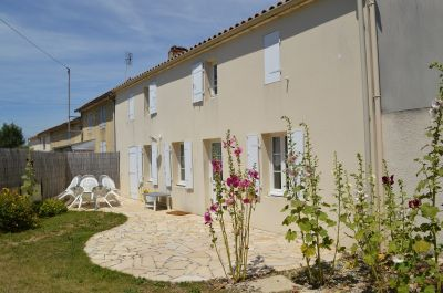 Vista exterior do alojamento Loca��o Casa 102517 La Rochelle