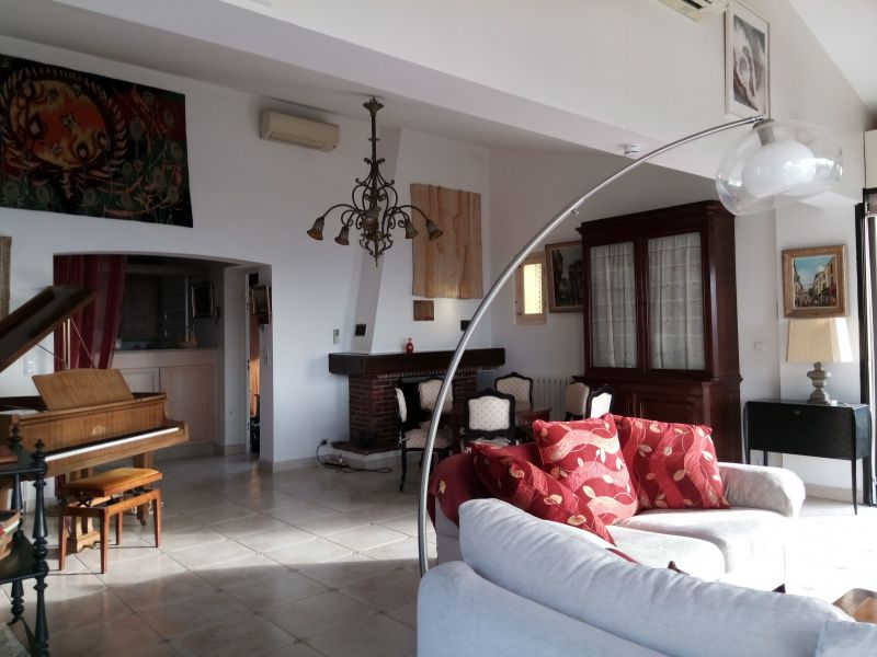 Sala de estar 1 Locação Vivenda 114573 Porticcio