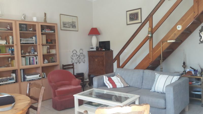 Sala Locação Vivenda 115101 Le Pradet