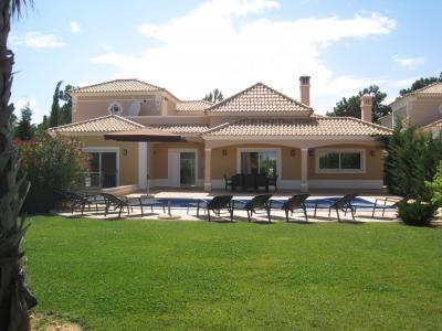 Vista exterior do alojamento Loca��o Vivenda 95880 Albufeira