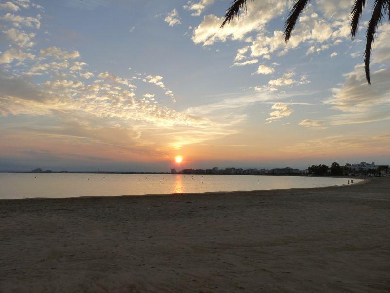 Praia Locação Apartamentos 63973 Rosas