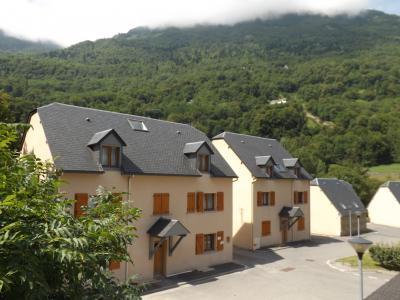 Vista exterior do alojamento Loca��o Apartamentos 96278 Luz Saint Sauveur