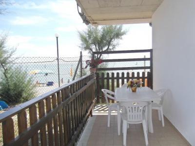 Vista do terra�o Loca��o Bungalow 85039 Porto San Giorgio