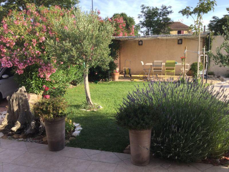 Jardim Locação Vivenda 111517 Avinhão