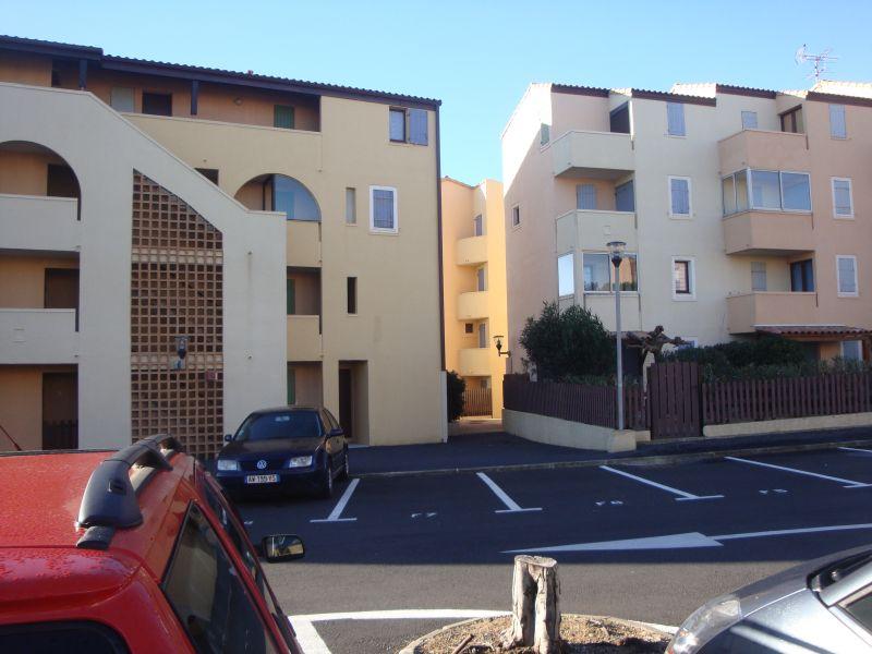 Parque de estacionamento Locação Apartamentos 107837 Saint Pierre la Mer