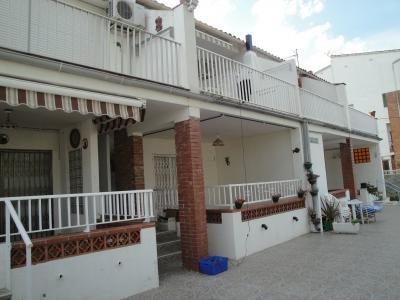 Vista exterior do alojamento Loca��o Apartamentos 70957 L'escala