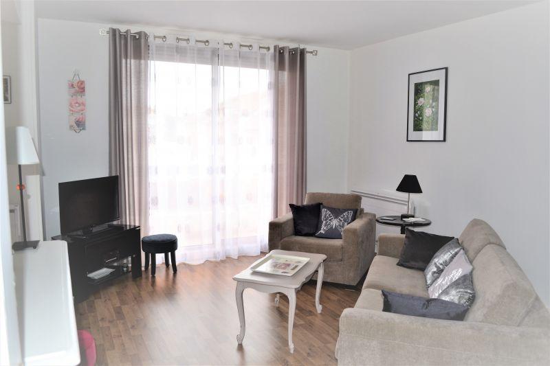 Sala Locação Apartamentos 92716 Vichy