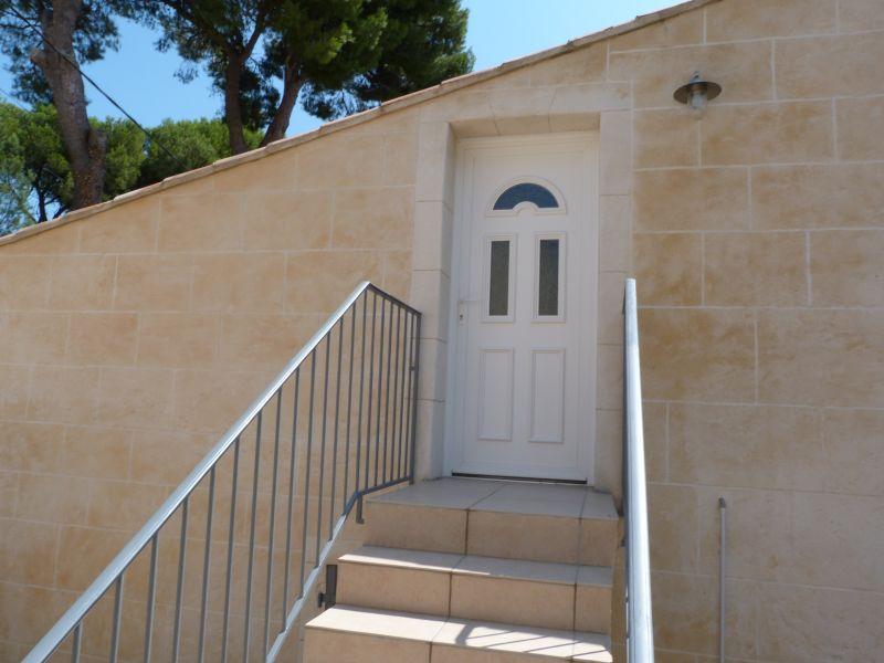 Entrada Locação Apartamentos 101756 Vedène