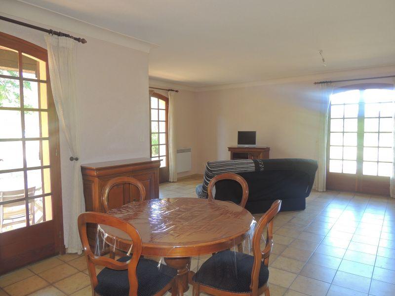 Sala Locação Vivenda 113135 Ceret
