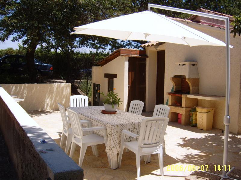 Cozinha de verão Locação Casa de turismo rural/Casa de campo 69702 Uzès