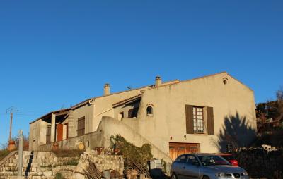 Vista exterior do alojamento Loca��o Vivenda 97112
