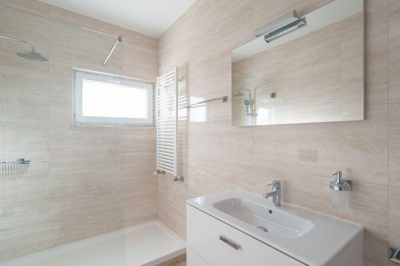 casa de banho Locação Apartamentos 108783 Nazaré