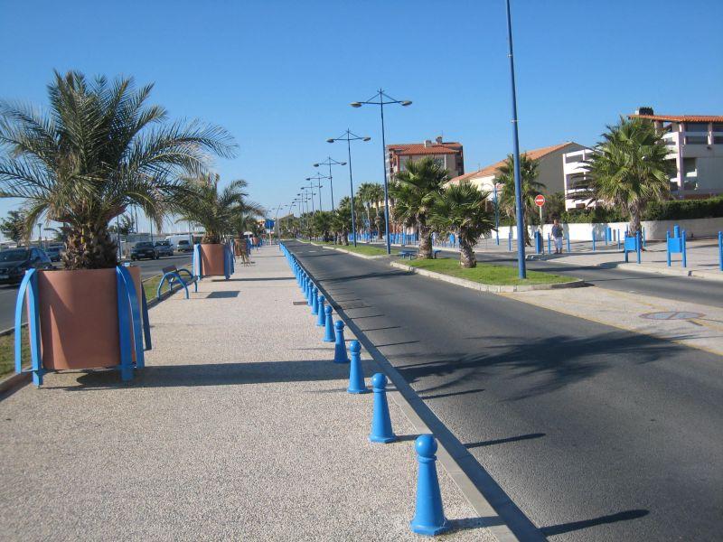 Vista dos arredores Locação Apartamentos 92705 Saint Pierre la Mer